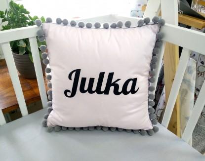 Poduszka z imieniem Julka w kształcie kwadratu