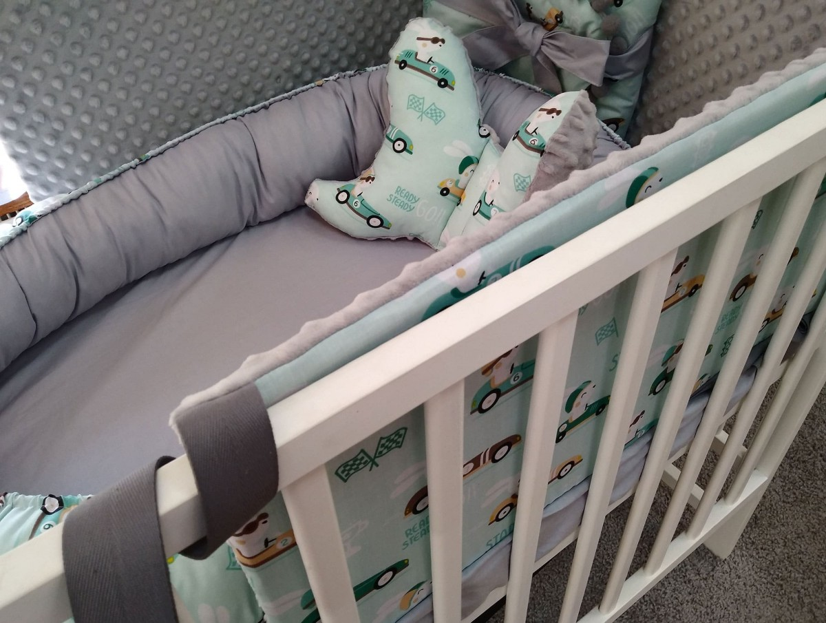 Kokon niemowlęcy Miętowe Wyścigówki i Szary
