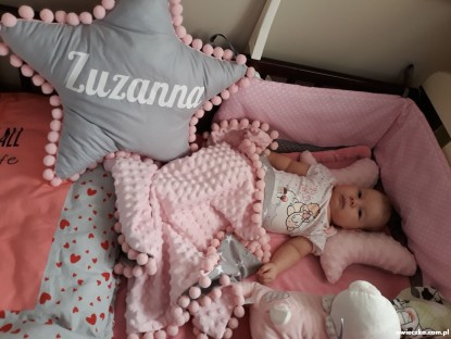 Poduszka z imieniem Zuzanna w kształcie gwiazdki