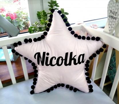 Poduszka z imieniem Nicolka w kształcie gwiazdki