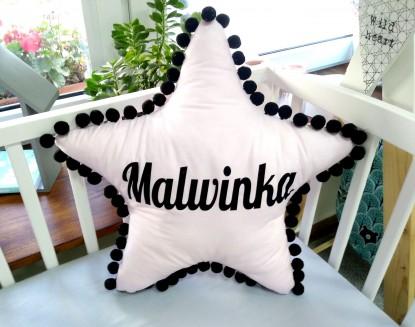 Poduszka z imieniem Malwinka w kształcie gwiazdki