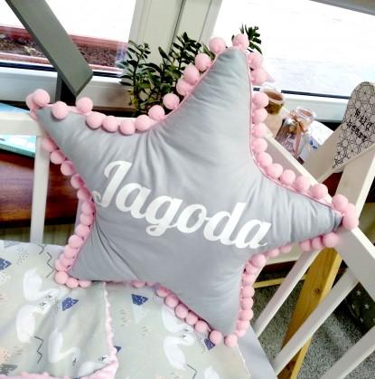 Poduszka z imieniem Jagoda w kształcie gwiazdki