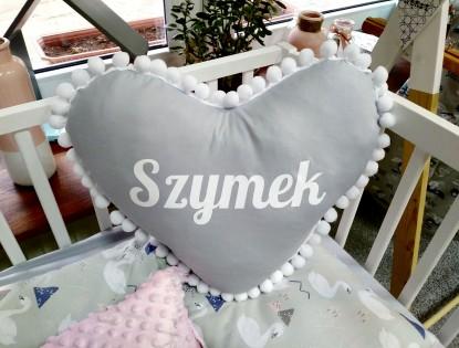 Poduszka z imieniem Szymek w kształcie serca