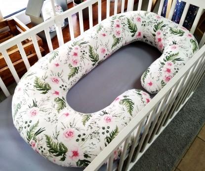 """Poduszka rogal dla kobiet w ciąży """"C"""" inGarden"""