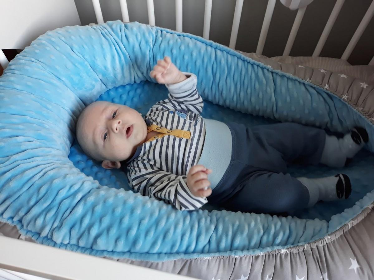Kokon niemowlaka Duże Gwiazdki i Mięta
