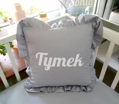 Poduszka z falbanką z imieniem Tymek kwadratowa