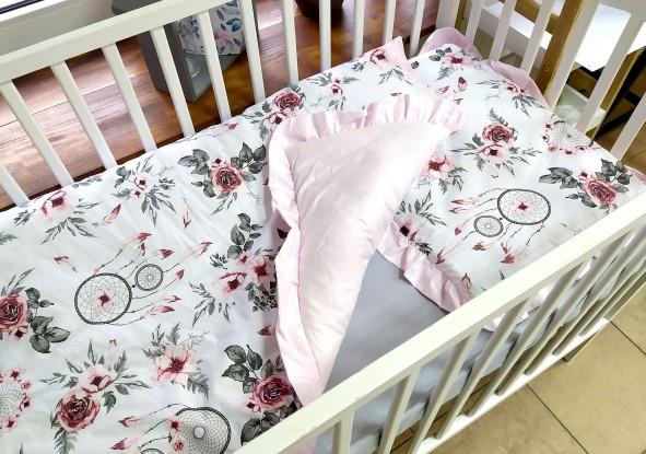 Kołderka i poduszka z falbankami Różowe łapacze snów i Róż (komplet z wypełnieniem)