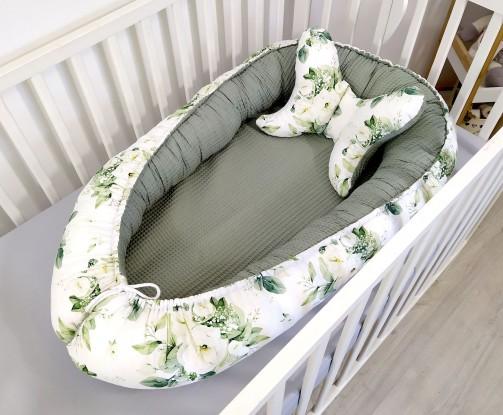 Kokon niemowlęcy Waffle Białe Kwiaty i Oliwkowy [PREMIUM]