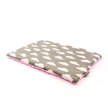 Płaska poduszka Minky Białe Chmurki na Szarym + Różowe Minky